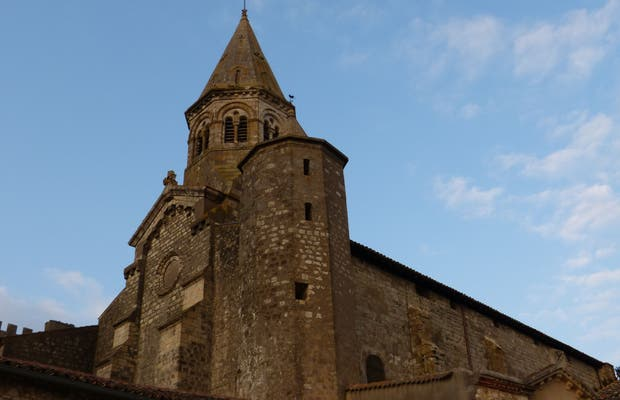 Iglesia Montaut Creneaux
