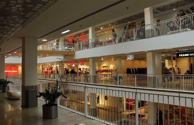 G09 Shopping Centre