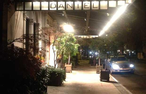 Daniel Bar & Lounge