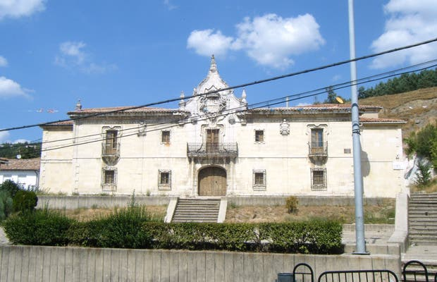 La Casa Grande : Fachada Monumental