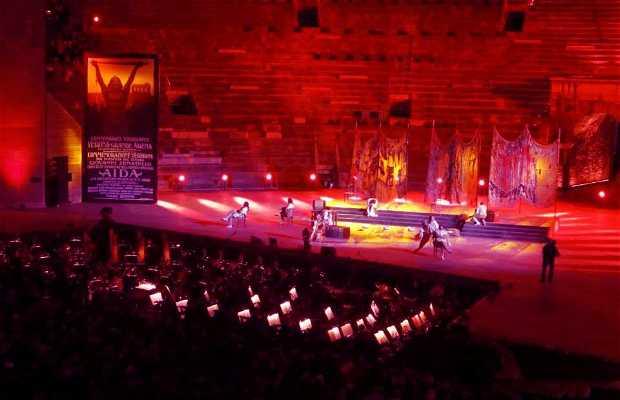 Festival do Centenário da Ópera