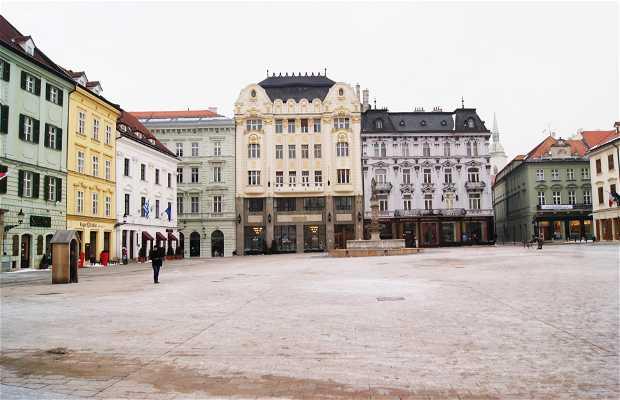 Hlavné Námestié Square