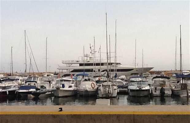 Puerto Deportivo de Campomanes