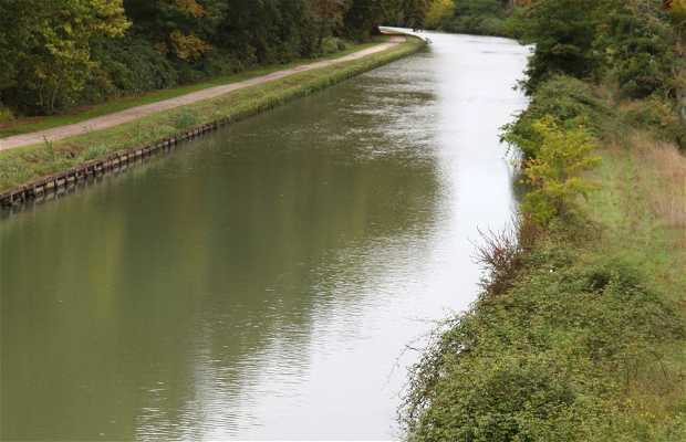 Canal de la Garonne à Valence d'Agen