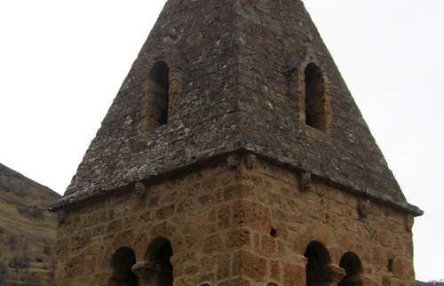 Le clocher de Saint Julien d'Auris