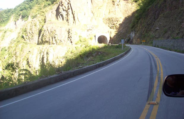 Carretera desde Bermejo a Tarija