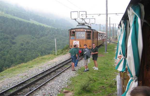 Treno da Sara a La Rhune in Francia
