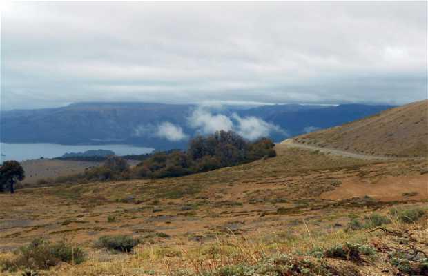 La Laguna del Crater Batea Mahuida