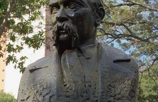 La statue du poète ukrainien