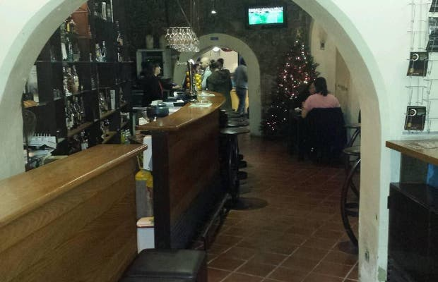 Xentra Restaurant and Bar