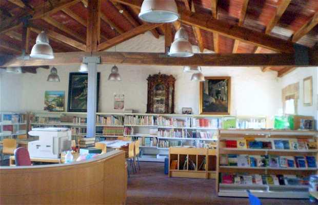 Biblioteca Municipal Mármol de Carvajal
