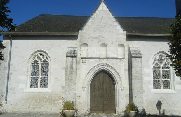Huisseau sur Cosson Church
