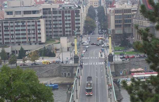 Puente Čechův