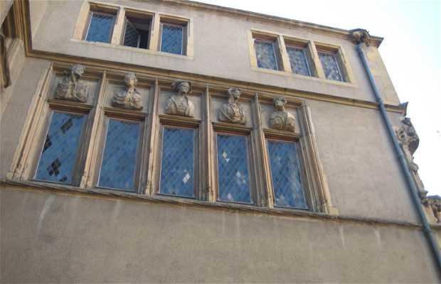 La maison des têtes de Metz