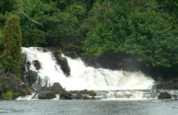 Lobé waterfalls