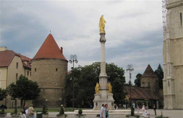 Statue de la Vierge Marie