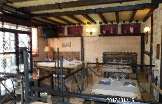 Restaurante Resbalon calle Fernan Gomez