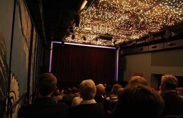 Black Light Theatre Metro