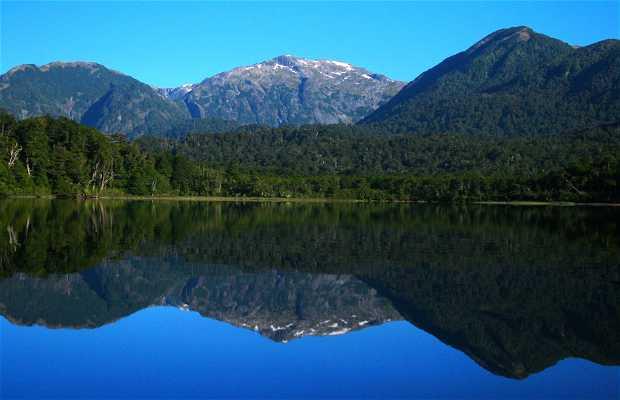 Brazo Rincón del Lago Nahuel Huapí (Villa La Angostura, Patagonia)