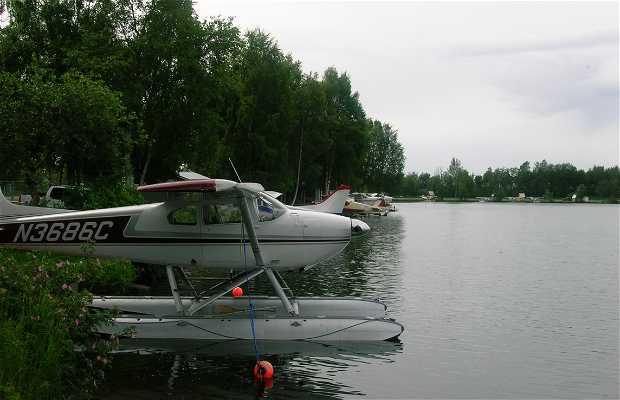 Lac Hood