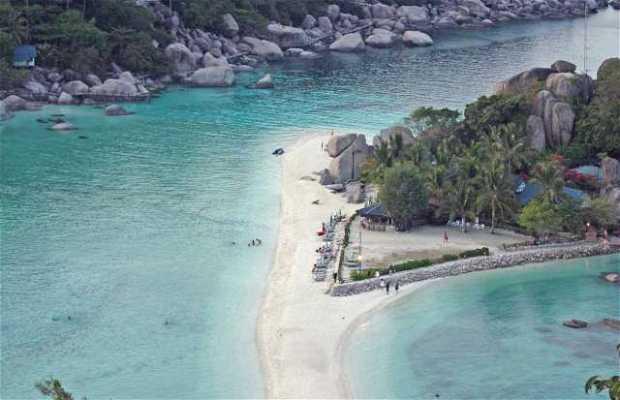 Ko Nang Yuan Beach