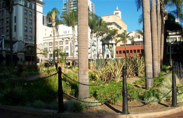 Horton Plaza Square
