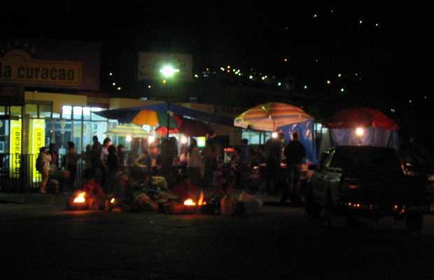Mercado nocturno de Xela