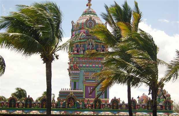 Tamoul Narassinga Temple