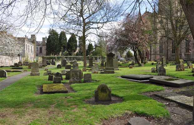 Tumba de St. Margaret y cementerio