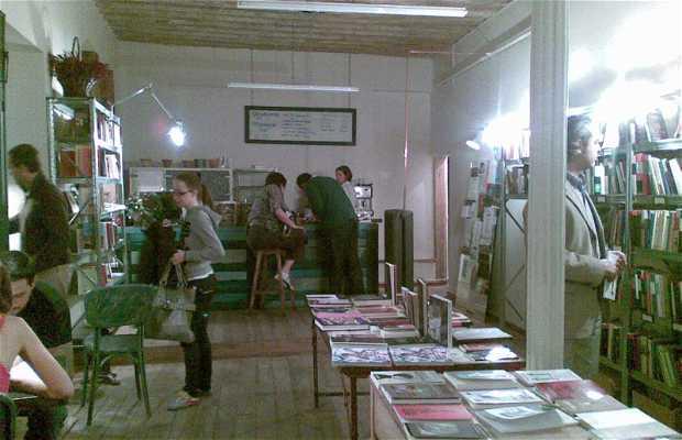 Librería Café La Fugitiva
