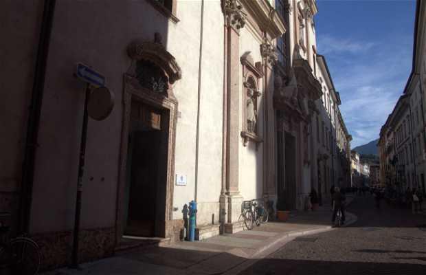 Calle Via Roma, Trento, Italia