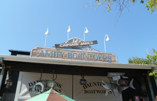 Attraction Amity Boat Tours (Universal Studio)