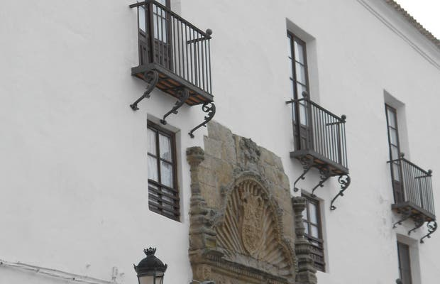 Palacio de Los Condes de La Puebla Montalbán