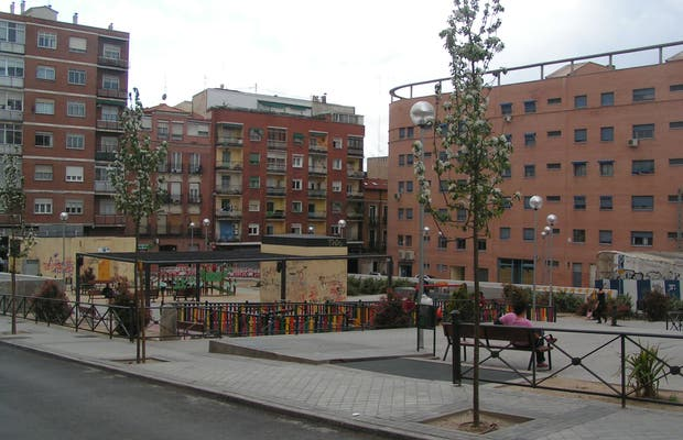 Plaza del Poeta Leopoldo de Luis
