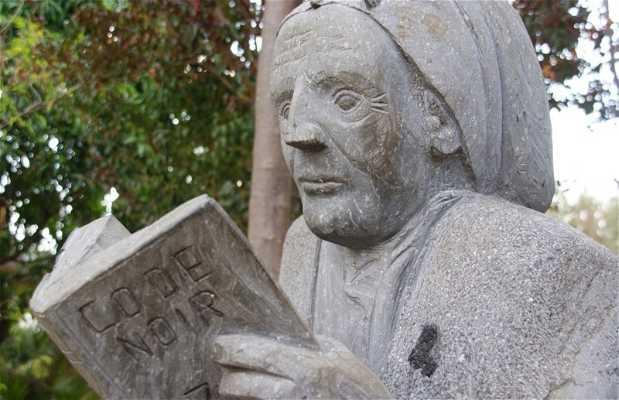 Statue de Madame Desbassayns