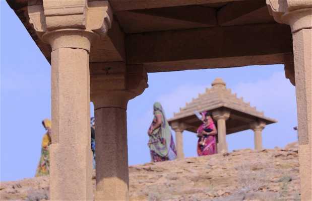 Cenotafios Maharani en Bada Bagh