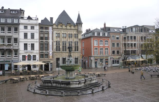 Squares of Aachen