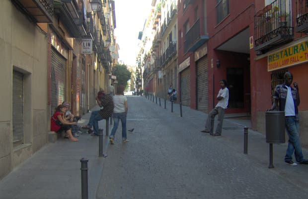 La via di Lavapiés a Madrid
