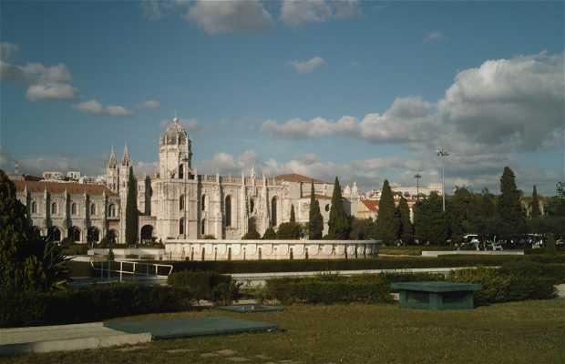 Praça do Império