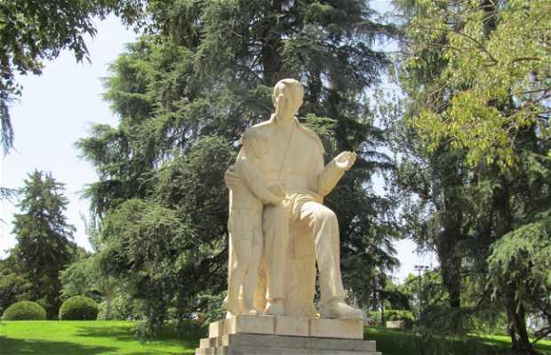 Monumento al Maestro
