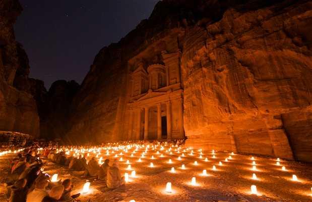 Petra à Noite
