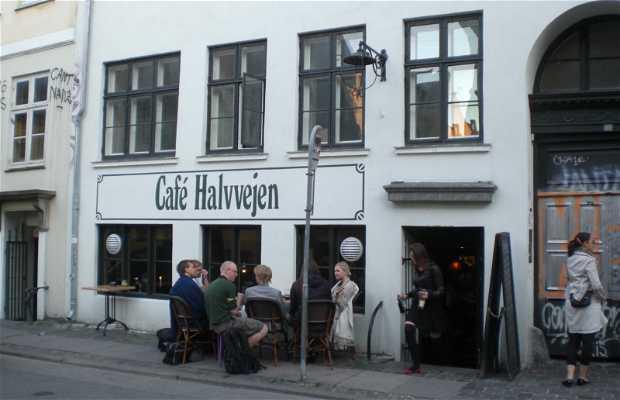 Halvvejen Cafe