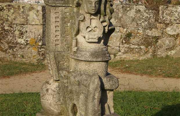 """Statue """"O Medrar do Mundo"""""""