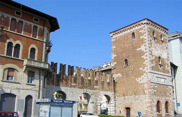 Puerta Aquileia