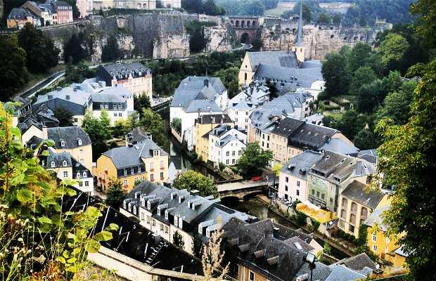 Plateau du Saint Esprit - Ciudad de la justicia