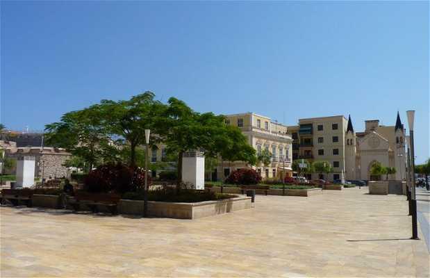Las Culturas square