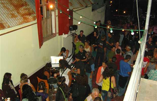 Bar Le 211