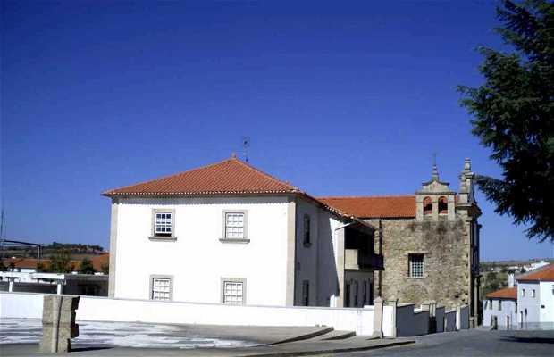 Igreja dos Frades Trinos - Biblioteca Municipal