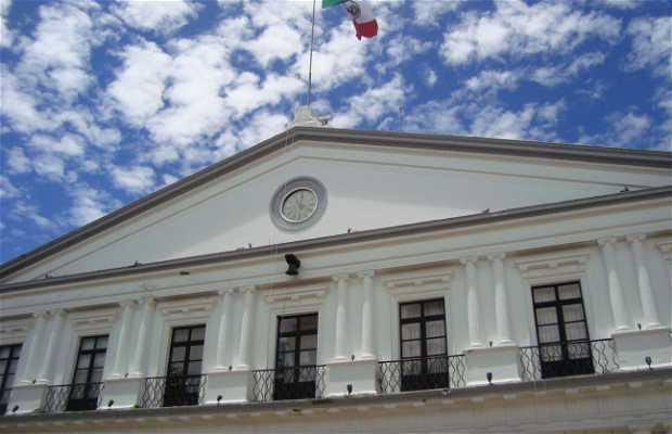 Palais Municipal de Saint Christophe des Maisons