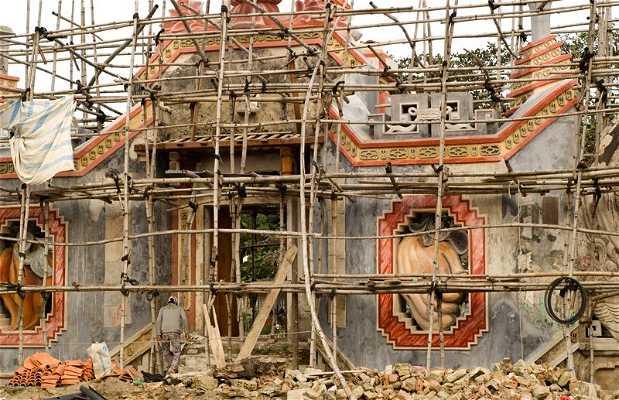 Templo abandonado en Hoi An.